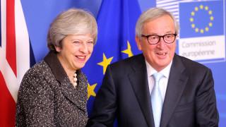 Brexit: Η Ε.Ε. εξετάζει αναβολή του «διαζυγίου» - Ποια είναι τα σενάρια