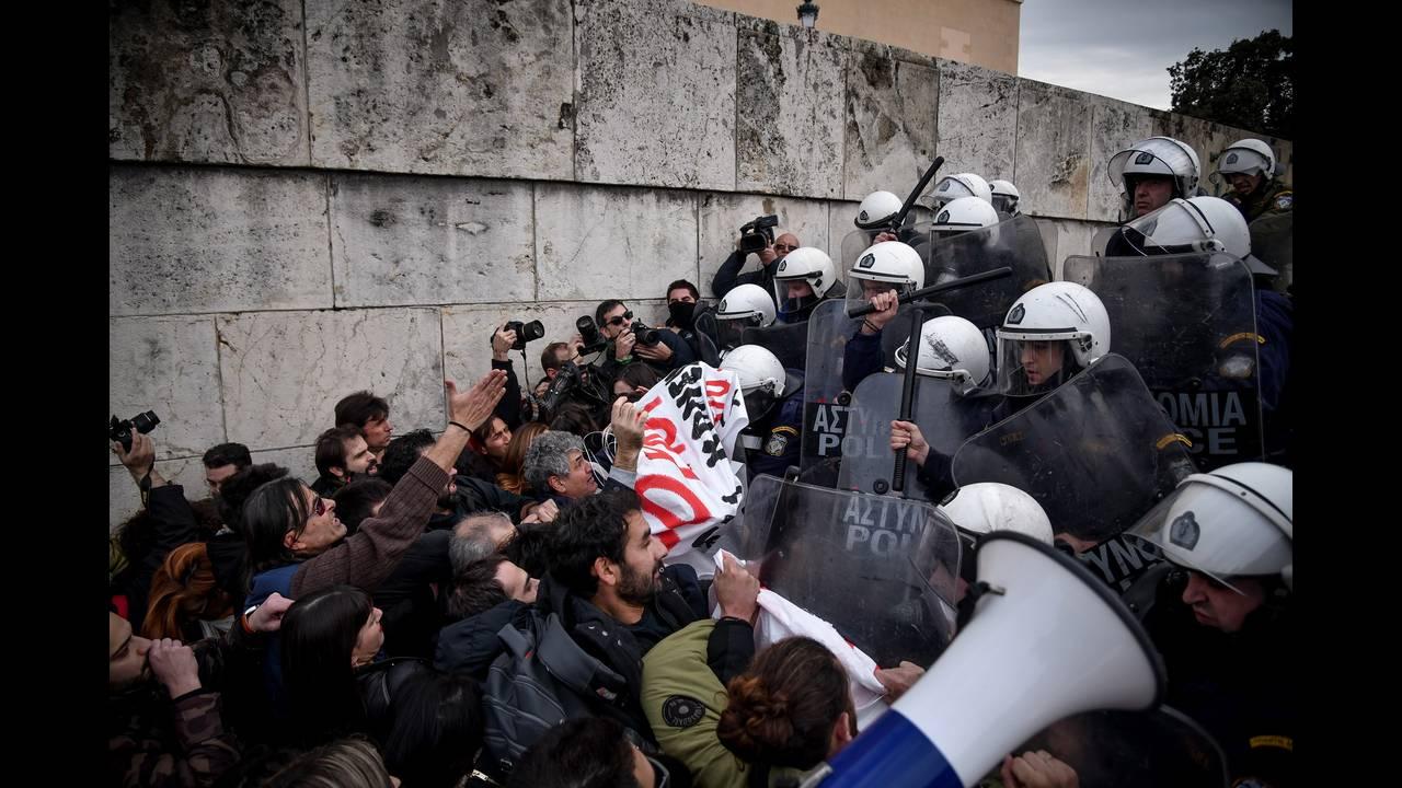 https://cdn.cnngreece.gr/media/news/2019/01/11/161496/photos/snapshot/4678489.jpg