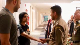 Επέστρεψε το χαμόγελο στην 18χρονη από τη Σ. Αραβία που το έσκασε από την οικογένειά της