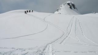 Αγωνία για Έλληνες στο Μπάνσκο: Δύο νεκροί από χιονοστιβάδα