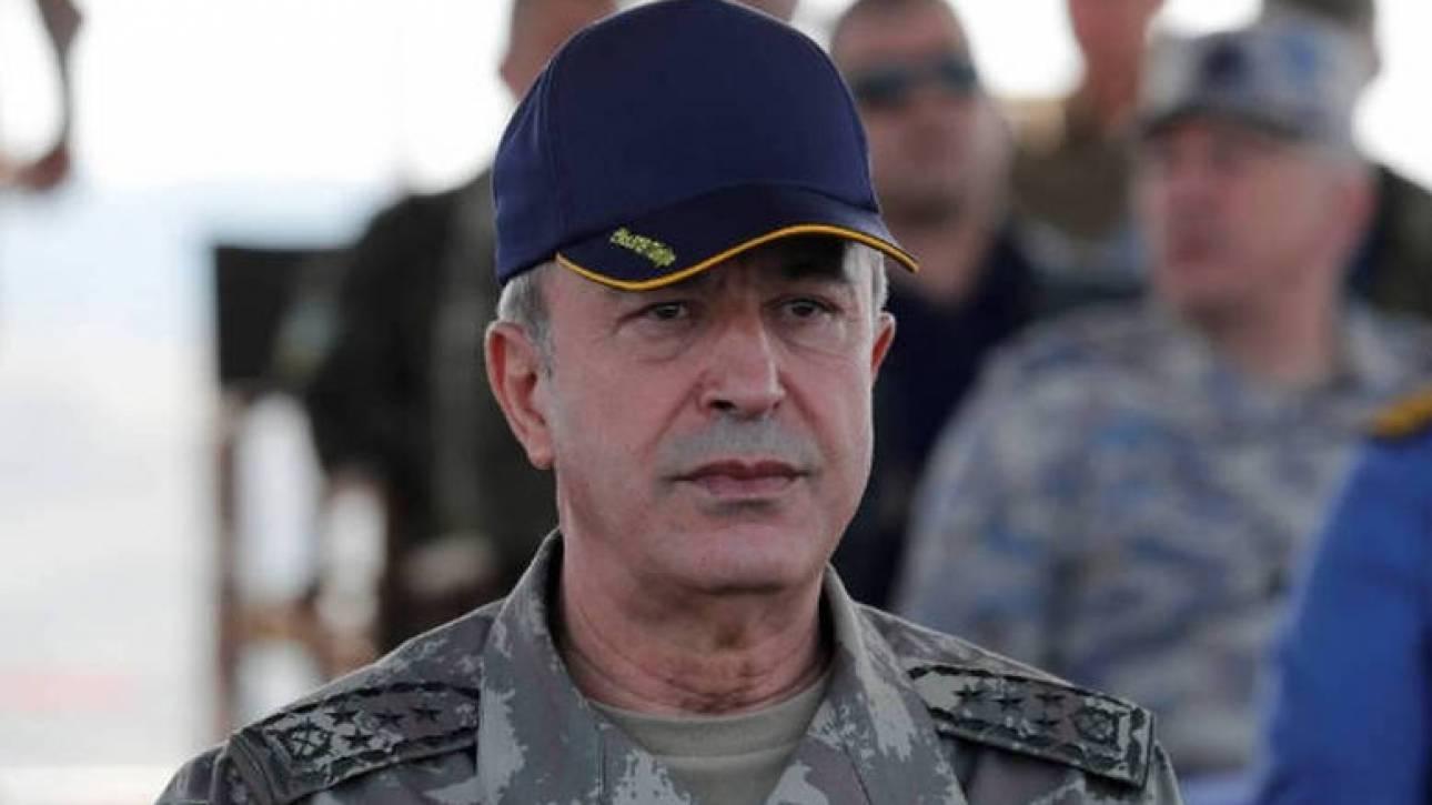 Τούρκος υπουργός Άμυνας: «Θα θάψουμε τους τρομοκράτες στα χαρακώματα»
