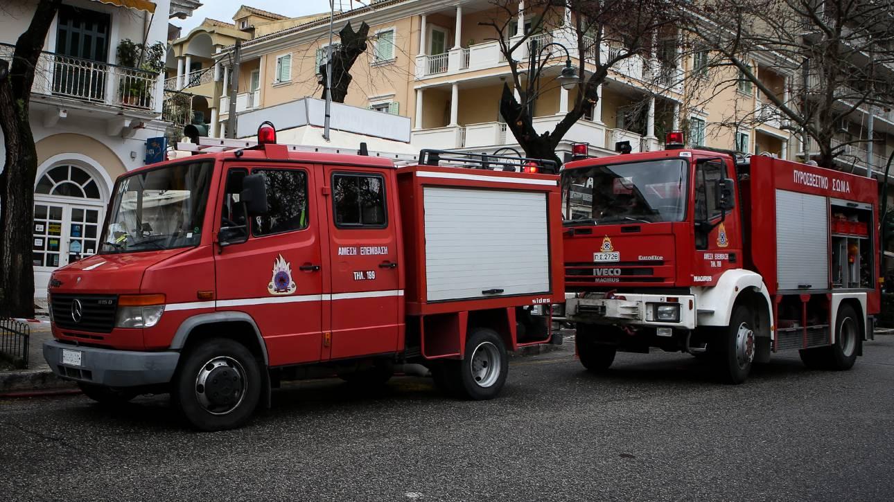 Θεσσαλονίκη: Φωτιά σε μονοκατοικία στην Άνω Πόλη