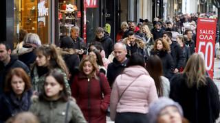Χειμερινές εκπτώσεις: «Πρεμιέρα» τη Δευτέρα - Ποια Κυριακή θα είναι ανοιχτά τα μαγαζιά