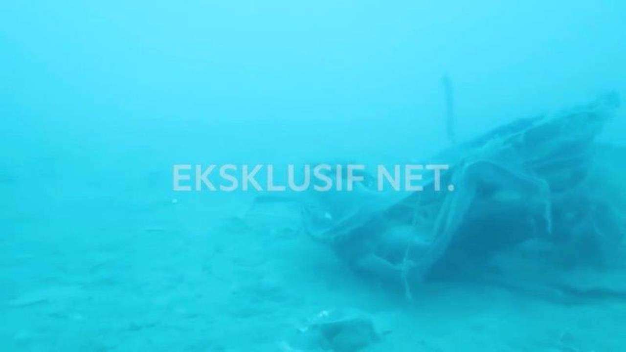 https://cdn.cnngreece.gr/media/news/2019/01/14/161778/photos/snapshot/2018-11-01T034431Z_636394391_RC1D0065B020_RTRMADP_3_INDONESIA-CRASH.jpg