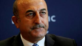 Τσαβούσογλου: Η Τουρκία δεν εκφοβίζεται από τις αμερικανικές απειλές