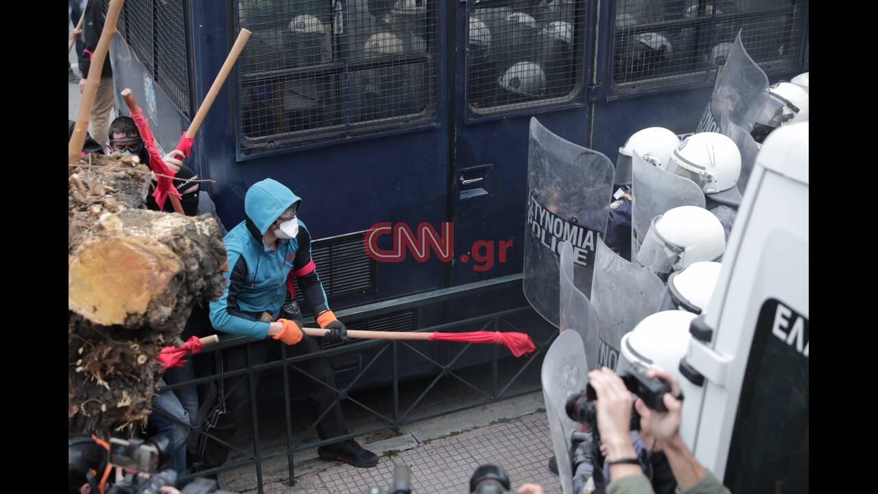 https://cdn.cnngreece.gr/media/news/2019/01/14/161838/photos/snapshot/4541038704_LP2_7341.JPG