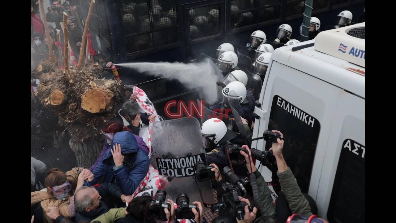 https://cdn.cnngreece.gr/media/news/2019/01/14/161838/photos/snapshot/4557412560_LP2_7275.JPG