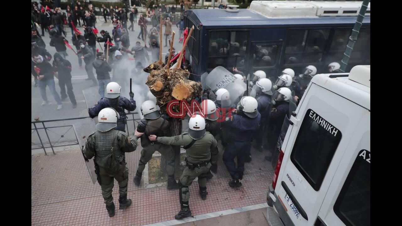 https://cdn.cnngreece.gr/media/news/2019/01/14/161838/photos/snapshot/4557594592_LP2_7379.JPG