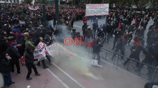 Ένταση στο συλλαλητήριο αναπληρωτών εκπαιδευτικών