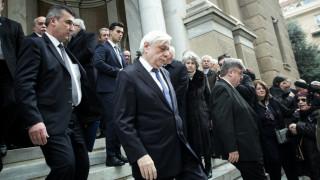 Πλήθος κόσμου για το τελευταίο «αντίο» στον Δημήτρη Σιούφα