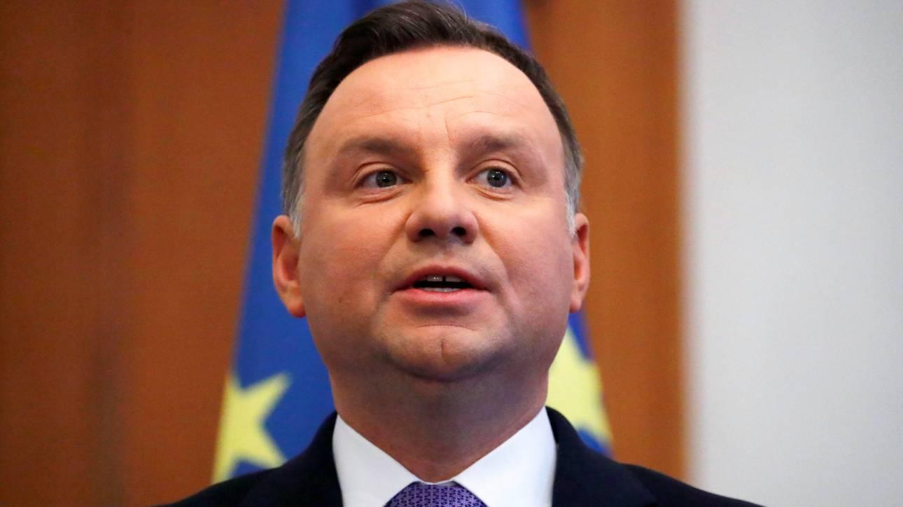 «Είσαι ο επόμενος!»: Συνελήφθη Πολωνός που απείλησε τον πρόεδρο Ντούντα μετά το φόνο του δημάρχου