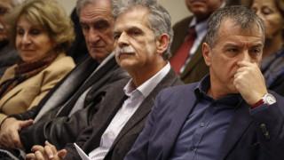 Δανέλλης σε Θεοδωράκη: Θα δώσω ψήφο εμπιστοσύνης στην κυβέρνηση