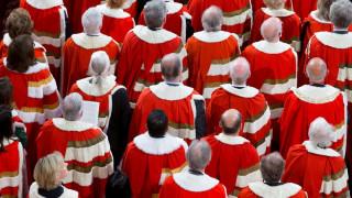 Νέο «χαστούκι» για Μέι: Η Βουλή των Λόρδων καταδικάζει τη συμφωνία για το Brexit
