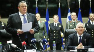 «Φιέστα» Καμμένου πριν την αποχώρηση: «Θα εγκατέλειπα την πολιτική, μένω για τη Μακεδονία»