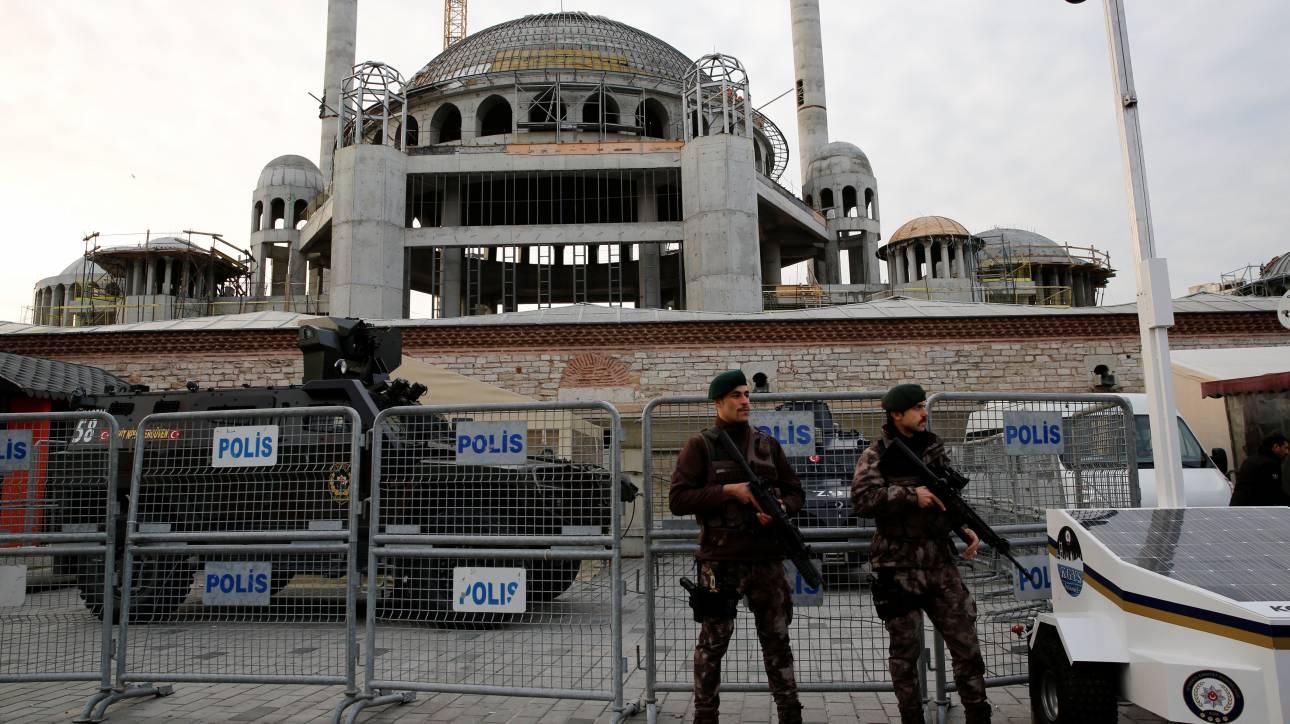 Τουρκία: Περίπου 200 συλλήψεις πολιτών για πιθανές διασυνδέσεις με τον Γκιουλέν