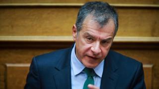 Θεοδωράκης: Κόκκινη γραμμή μας η ψήφος εμπιστοσύνης στην κυβέρνηση