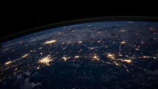 Κρουαζιέρα αμφισβήτησης: Πώς η θεωρία των Flat Earthers σκοντάφτει στο… GPS