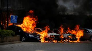 Τουλάχιστον ένας νεκρός από την εισβολή ένοπλων ισλαμιστών σε ξενοδοχείο στο Ναϊρόμπι
