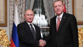 Διαβουλεύσεις Ερντογάν με Τραμπ και Πούτιν για τη Συρία