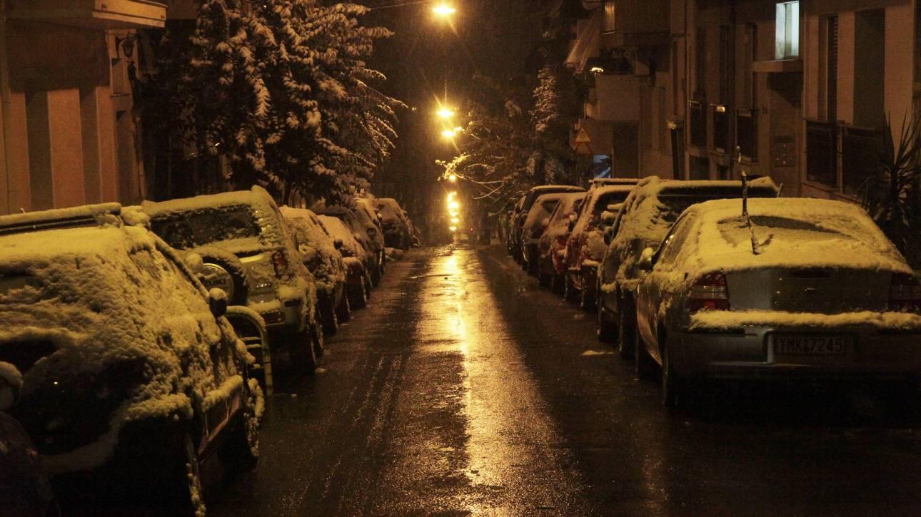 Κλειστοί δρόμοι στην Αττική λόγω χιονοπτώσεων - Σε ποιες περιοχές παρατηρούνται προβλήματα