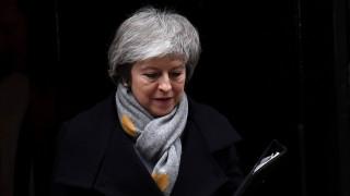 Brexit: Σε αχαρτογράφητα νερά η Βρετανία – Πρόταση μομφής κατά της Μέι