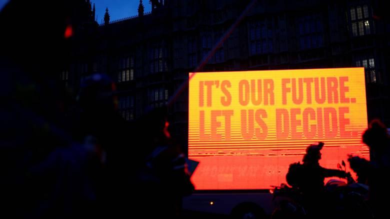 Η ώρα της αλήθειας: Ιστορική ψήφος θα καθορίσει το μέλλον της Μέι