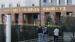 Ρωσία: Τον μαχαίρωσε 13 και φορές και αυτός της έκανε... πρόταση γάμου στο δικαστήριο!