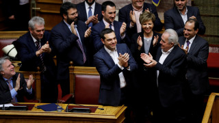 Σκοπιανά ΜΜΕ: Δευτέρα ή Τρίτη στην ελληνική βουλή οι Πρέσπες