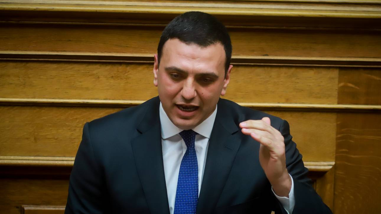 Κικίλιας: Όσοι χασκογελούν και πανηγυρίζουν στη Βουλή, ας πάνε στις περιφέρειές τους