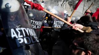 Ένταση στο συλλαλητήριο των εκπαιδευτικών στο κέντρο της Αθήνας