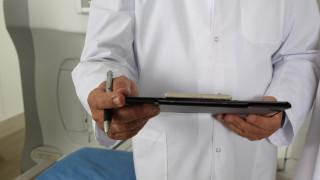 Πρωτοφανές περιστατικό στα ιατρικά χρονικά: Αλλόκοτη «εναλλακτική θεραπεία» με ένεση σπέρματος