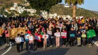 Η Ισπανία προσεύχεται για τον Χουλέν: Αγωνιώδης επιχείρηση για το δίχρονο που έπεσε σε πηγάδι