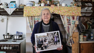 Η Σκάλα Συκαμνιάς αποχαιρέτησε την εμβληματική γιαγιά Μαρίτσα