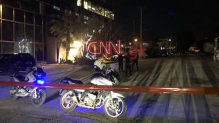 Ελεύθερος ο αστυνομικός που πυροβόλησε και σκότωσε τον Ρομά στην Κηφισιά
