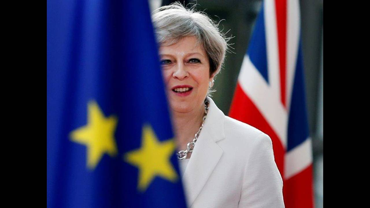 https://cdn.cnngreece.gr/media/news/2019/01/18/162363/photos/snapshot/2018-07-11T100659Z_748298628_RC1DA9665B10_RTRMADP_3_BRITAIN-EU-MAY.jpg