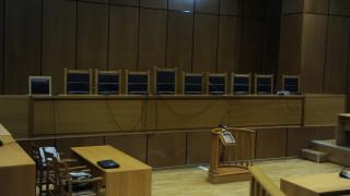 Συνεχίζονται οι στάσεις εργασίας των δικαστικών υπαλλήλων της Αθήνας