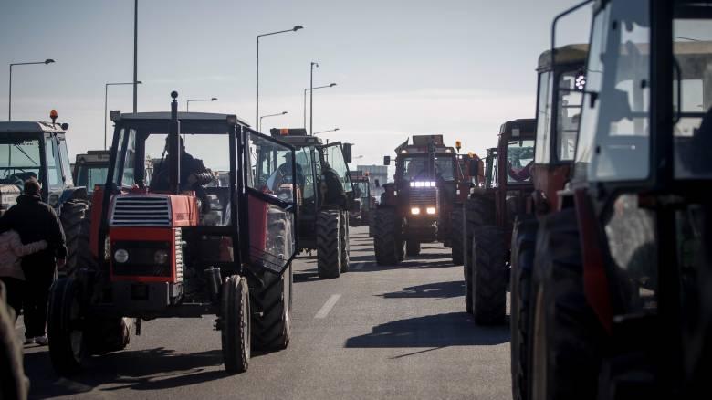 «Ζεσταίνουν» τα τρακτέρ οι αγρότες: Πανελλαδικές κινητοποιήσεις στις 28 Ιανουαρίου