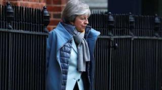 Telegraph: Η Μέι δεν άλλαξε τις αξιώσεις της στις συνομιλίες της με Ευρωπαίους ηγέτες