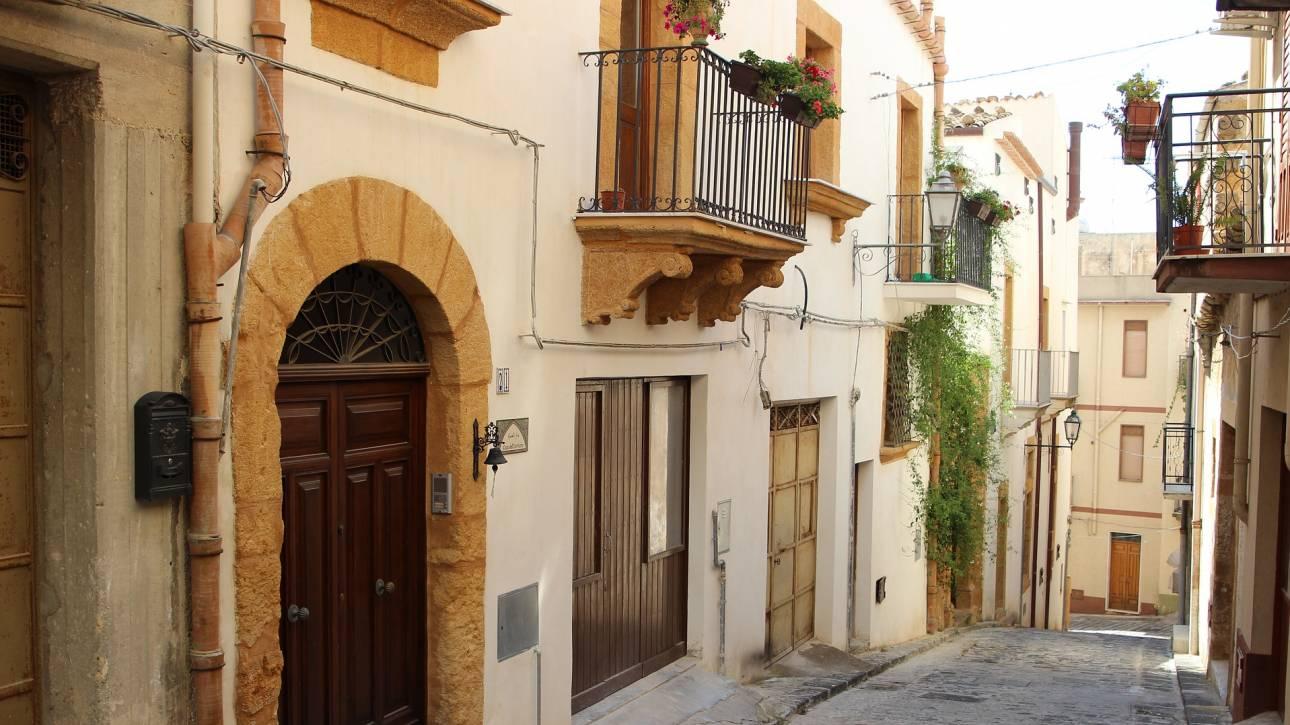 Σπίτι στη Σικελία φτηνότερο από έναν… εσπρέσο!