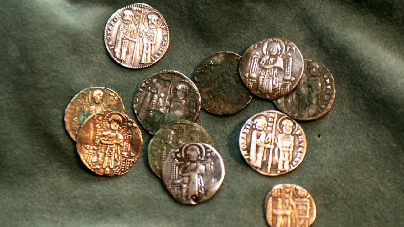 dee4bfe10d11 Έβαλε online αγγελία για την πώληση αρχαίων νομισμάτων και συνελήφθη ...