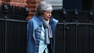 Ντάουνινγκ Στριτ: Ανησυχίες για «συνωμοσίες βουλευτών» με στόχο την υπονόμευση της Μέι