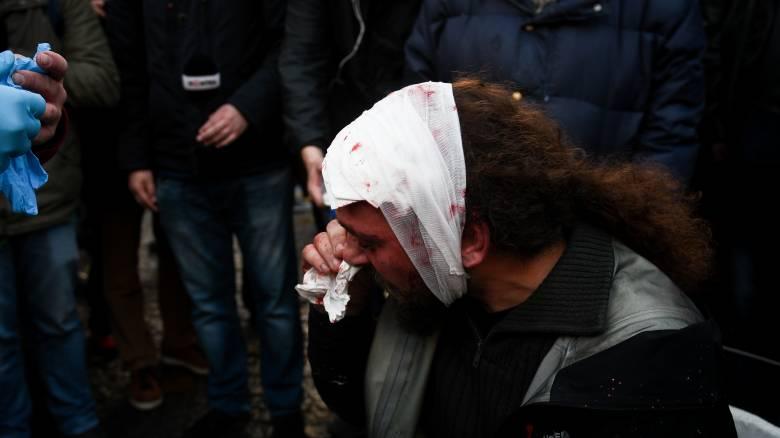 Επεισόδια στο συλλαλητήριο για τη Μακεδονία: Δολοφονική επίθεση σε φωτορεπόρτερ
