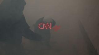 Αποκλειστικό βίντεο CNN Greece: Ξυλοδαρμός αστυνομικού στο συλλαλητήριο για τη Μακεδονία