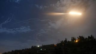 Ισραηλινά αεροπορικά πλήγματα στη Συρία με νεκρούς