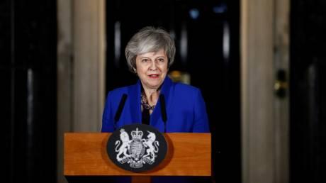 Brexit: Η μεγάλη… επιστροφή της Μέι στις Βρυξέλλες – «Μασάζ» σε βουλευτές και «όχι» σε δημοψήφισμα