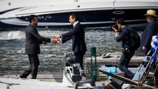 Ο Τσίπρας «διαφημίζει» τη Συμφωνία των Πρεσπών (vid)