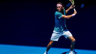 Γράφει ιστορία ο Τσιτσιπάς - Προκρίθηκε στα ημιτελικά του Australian Open