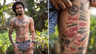 «Χτύπησε» 442 τατουάζ λογότυπων για να μπει στα Γκίνες!