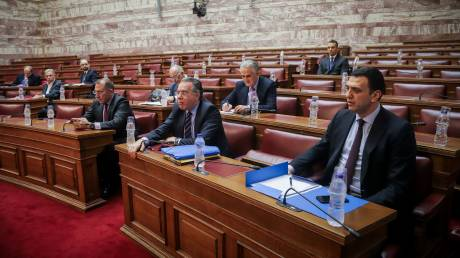 Συμφωνία των Πρεσπών: Πέρασε κατά πλειοψηφία από την Επιτροπή Εξωτερικών και Άμυνας