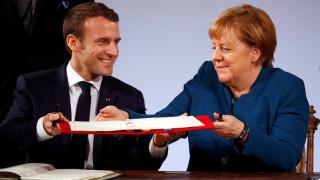 Μακρόν και η Μέρκελ υπέγραψαν μια νέα γαλλο-γερμανική συνθήκη